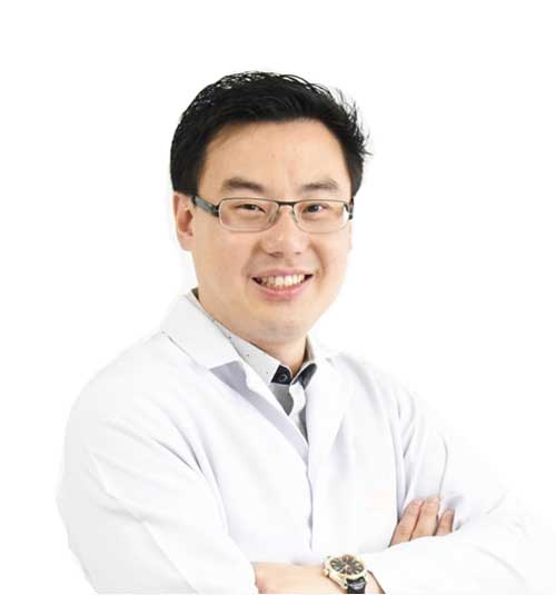 Dr.Preeda Pungpapong